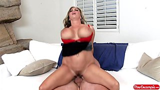 Amber Lynn Bach & Van Wylde in Creampie Seduction - MrsCreampie