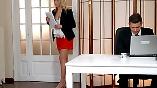 Private com - Aria Logan Sucks Her Boss's Hard Cock