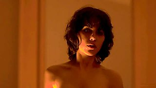 Nude Scarlett Johansson