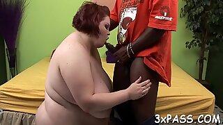 Large beautiful woman cams