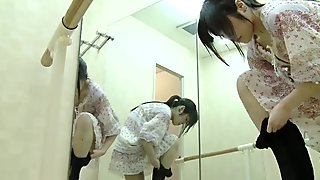Ballet LockerRoom.18