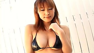 Too emotional geisha Ai Kurosawa moans and spins while her pussy is rubbed