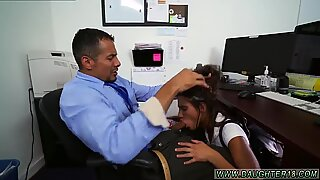 Step mom fucks boss comrade s daughter with strap on and makes dad cum inside Bring