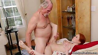 Old bà ngoại hd xxx online hook-up - Dolly Little