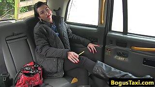 Gorgeous MILF pov cocksucking her cabbie