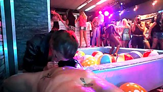 Bi club sluts having public sex orgy