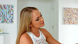 Ivana Sugar and Alana Moon - lesbian scene by SapphiX