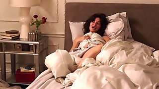 Gina Gershon - How to Make It in America S02E05-06