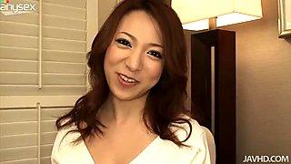 Exotic asian beauty Kanako Tsuchiyo knows how to give good head