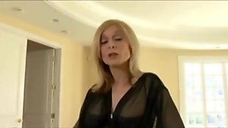 Gilf Sexy Older Woman Gets Fucked