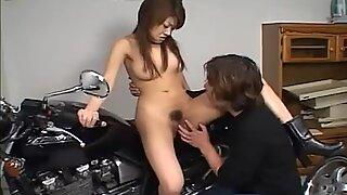 La motocicleta Sesio de Fotos se convierte en sesión sexual.