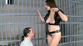 Convict Leslie