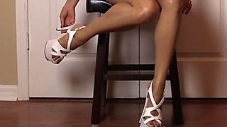 Lelu Love-High Heels Stroking Tapping JOE