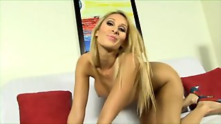 BBC stretch pussy blonde girl