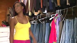 Ebony beauty Porsha Carrera picked up in a store