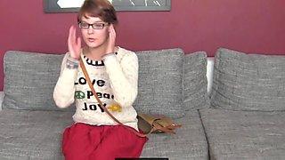 Nainenagentti hd ujo hippi maistuu tussu