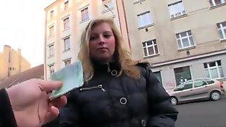 Curvas checas muchacha Maya Ángel sexo por por dinero